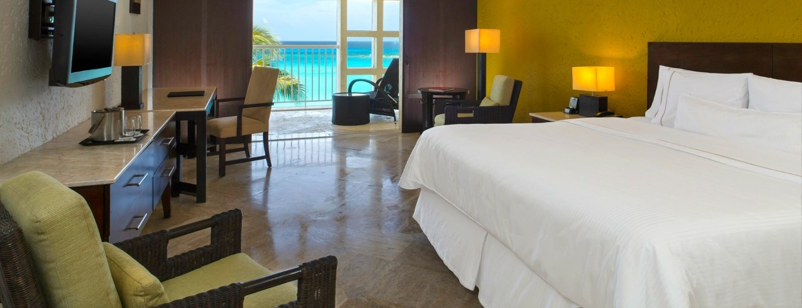Royal Beach Club Ambassador Suite - The Westin Resort & Spa